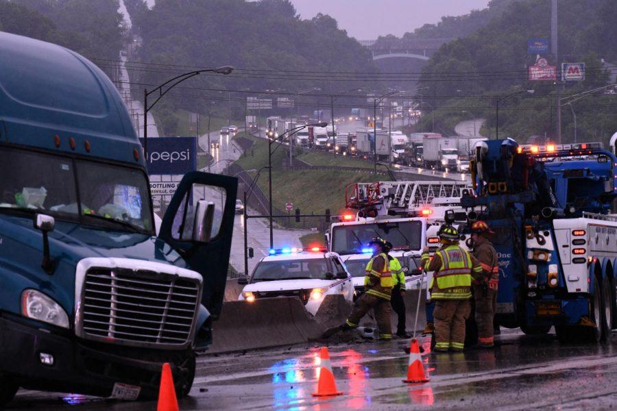 FedEx+truck+over+median+on+Interstate+70