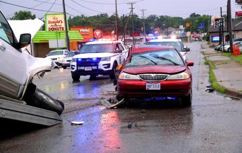 Accident on Maple Avenue blocks traffic