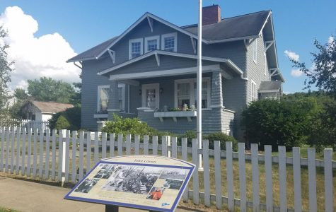 Annie Glenn's hometown celebrates a century of life with tea and celebration Monday