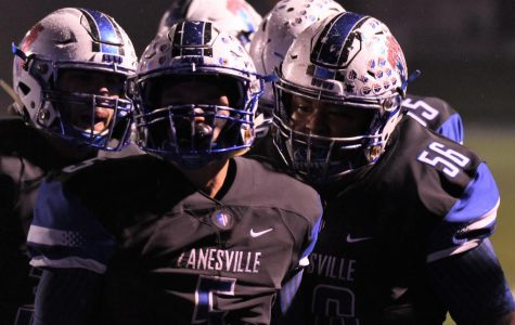 Seniors end 2018 season on high note with 41-7 victory for Zanesville