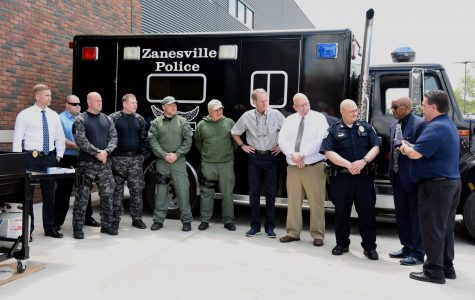 Dutro honors city law enforcement for National Police Week with cookout, award