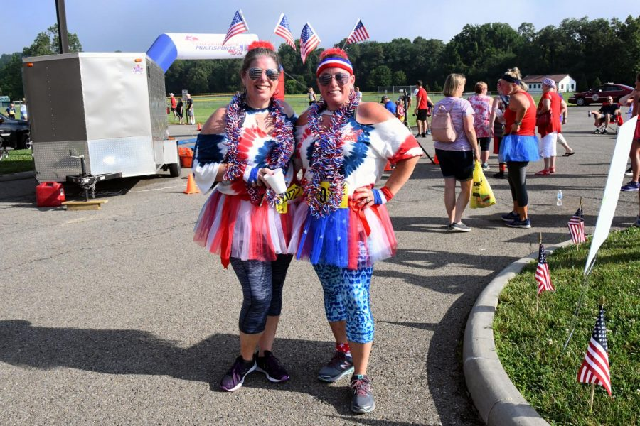 Melody+Tankovich+%28left%29+and+Melissa+Helser+%28right%29%2C+who+won+the+patriotic+promenade%2C+said+they+began+participating+in+5K+for+the+health+benefits.