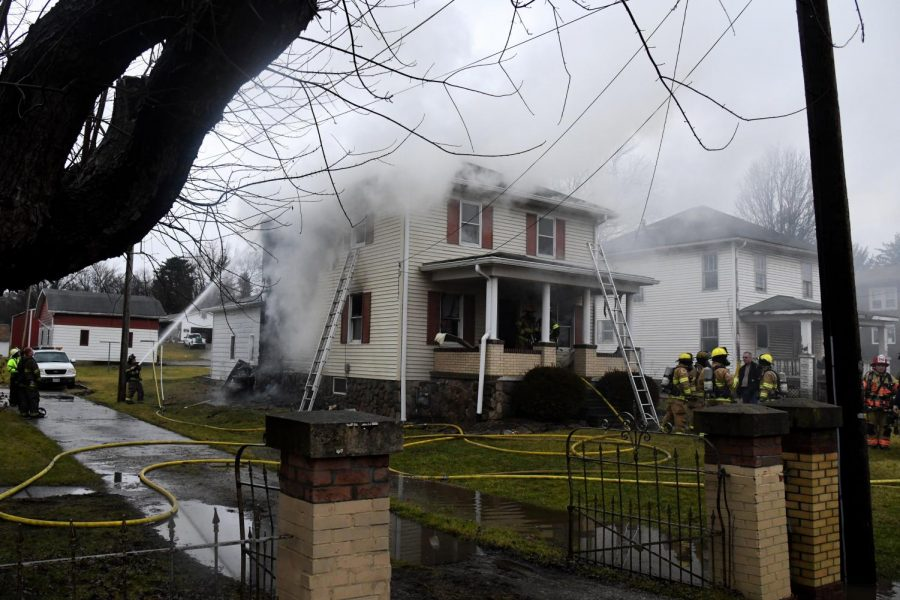 House fire along Maysville Pike displaces resident, closes roadway to traffic