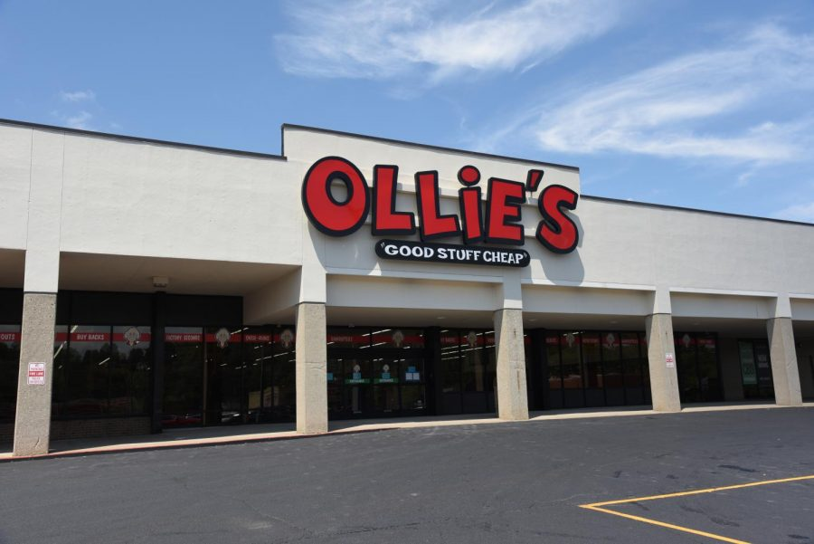 Ollie%27s+Bargain+Outlet+to+open+September+9