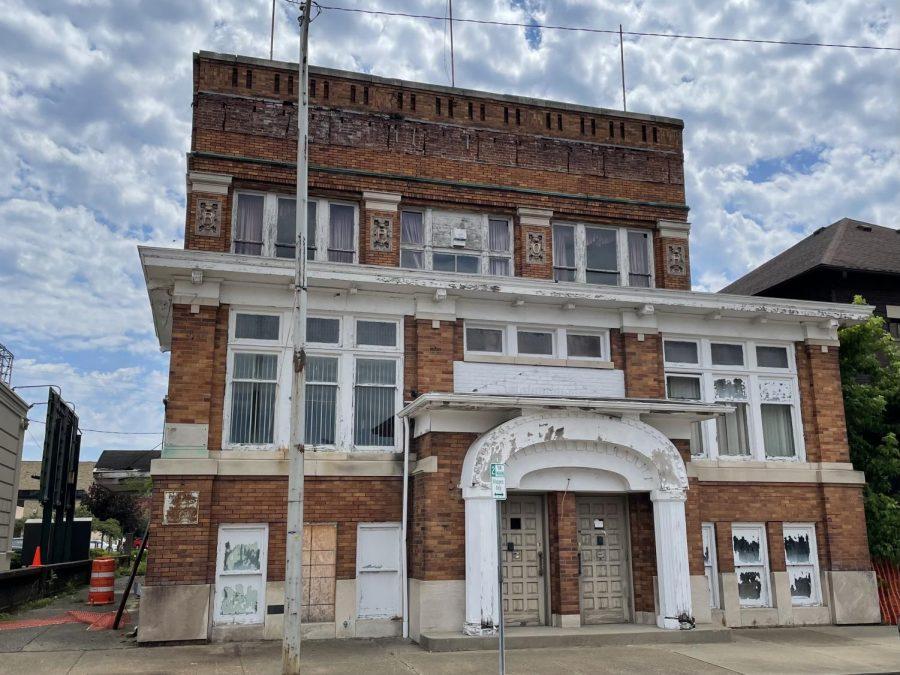 Former Elks Lodge under foreclosure