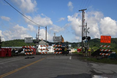 Portion of SR-586 to be closed all week near SR-16 for railroad crossing replacement