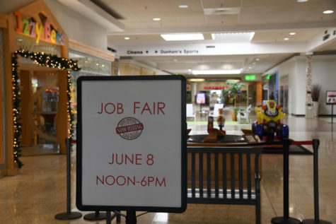 Mall hosts hiring event, many jobs available locally as unemployment bonus is set to end