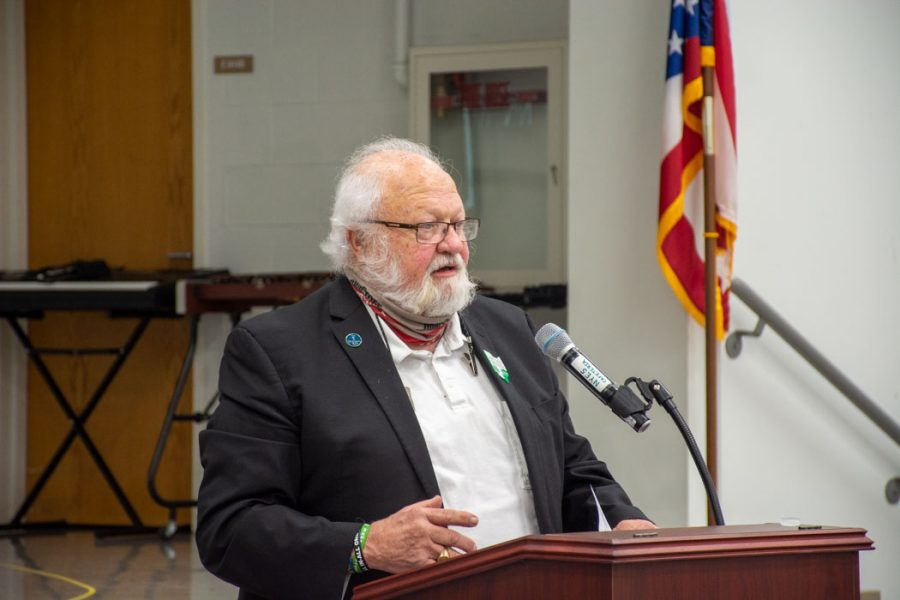 Muskingum Valley Educational Service Center (MVESC) Board Member Larry Good speaks during OSBAs southeast regional fall conference. Photo provided by OSBA.